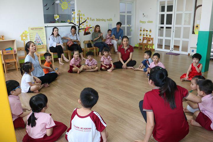 Các bé được tham gia các hoạt động ngoại khóa sôi động, bổ ích
